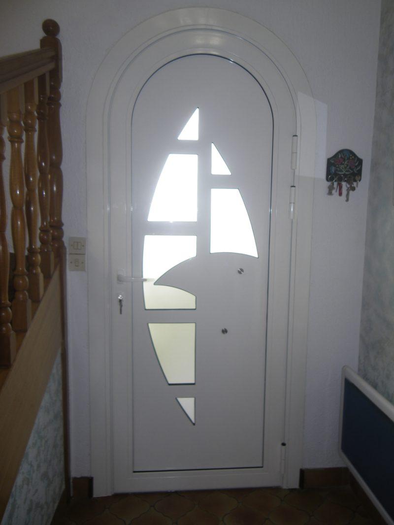 vue interieur de la porte cintree IMAGINE 2x20